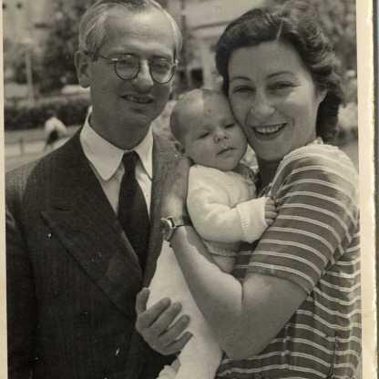 לב, לידיה, גדעון, תל אביב. 1947