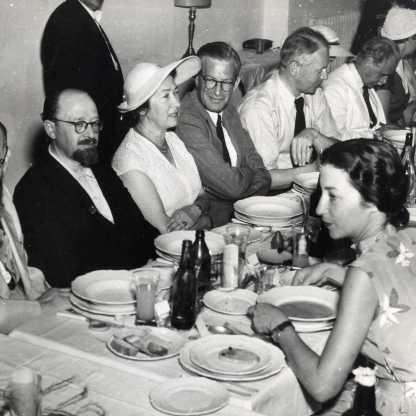 ארוחת צהריים רשמית, שנות ה50 המאוחרות